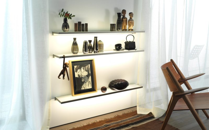 shelving and lighting system
